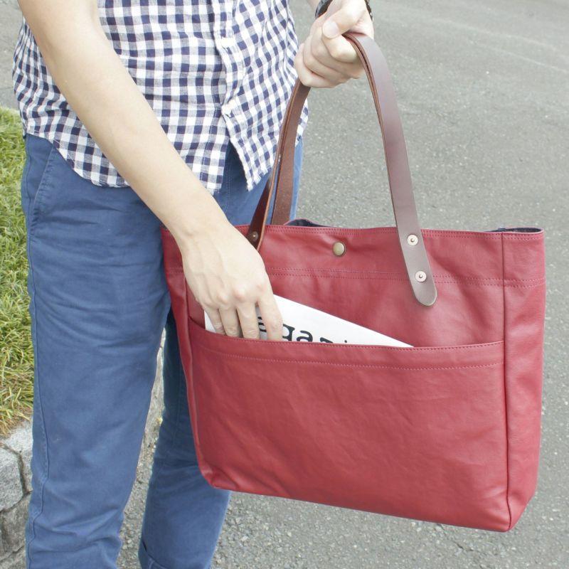コミュート 横型トートバッグ 新聞や冊子等の収納にも便利