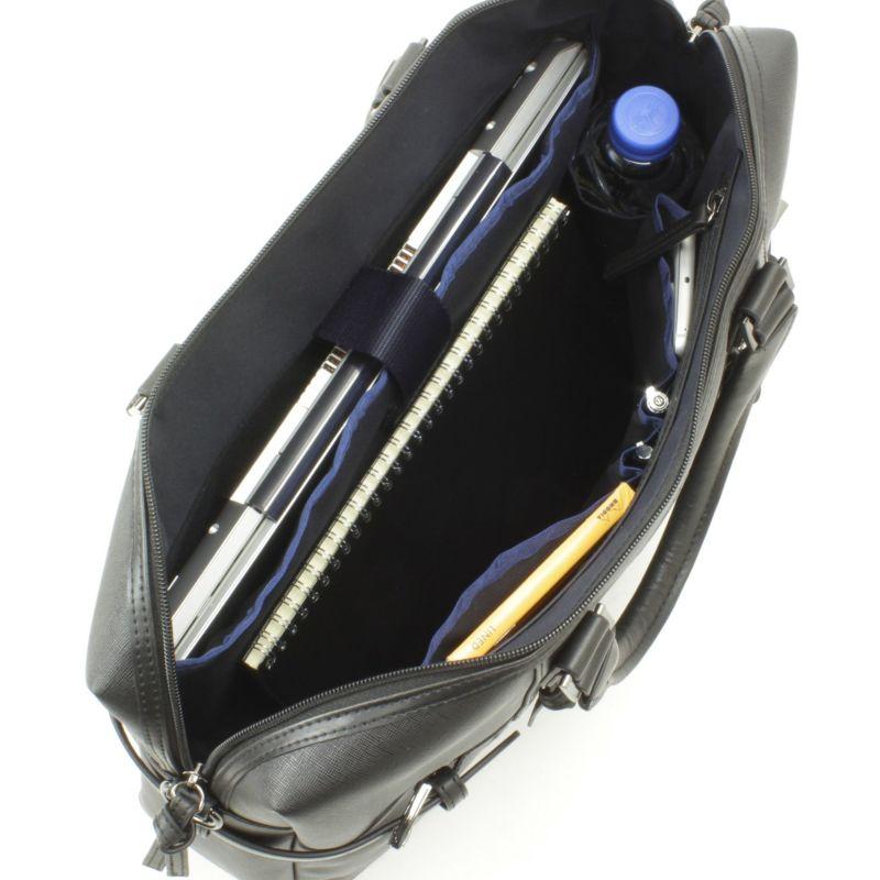 ミルフォードサウンド ノートパソコンの収納に最適なクッションポケット付きのメインルーム