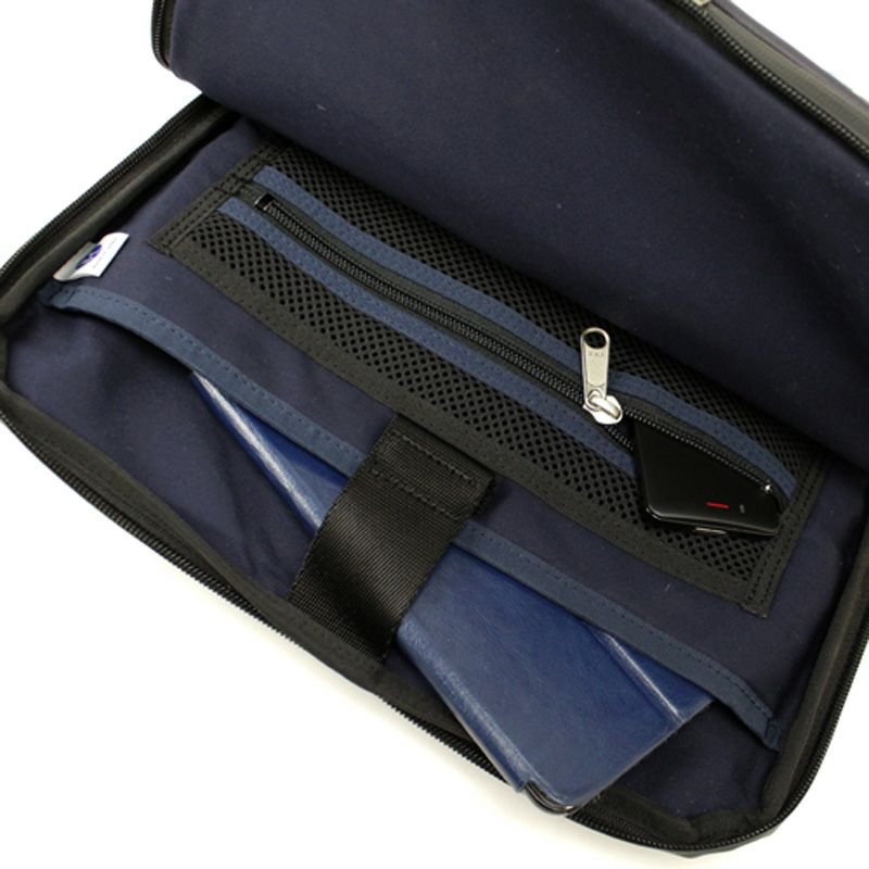 コミュート モバイルサコッシュ タブレット収納にも便利なクッションポケット