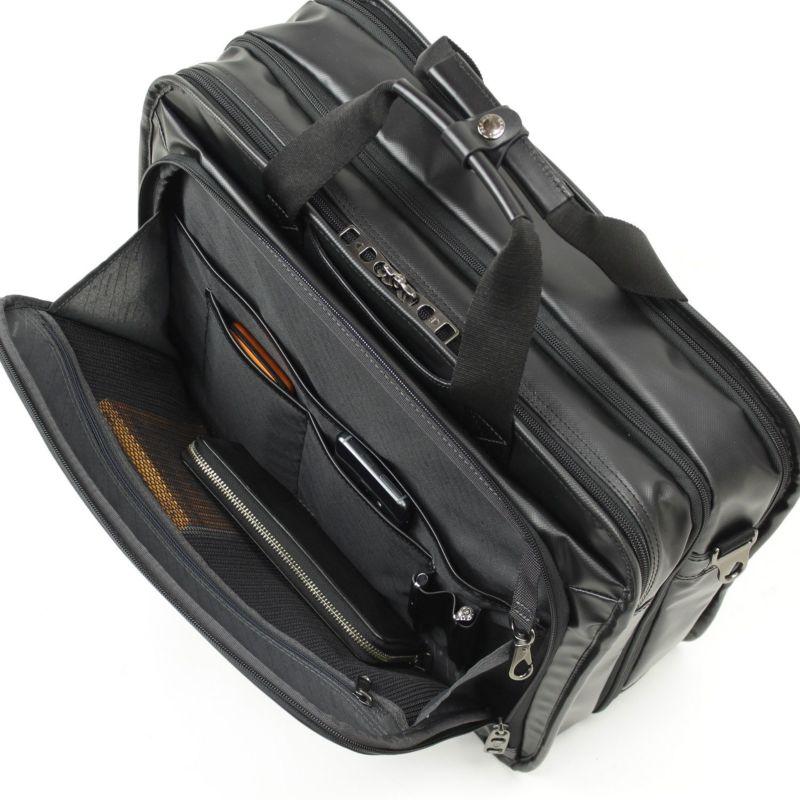 インターシティコーティング2層ブリーフ 小物収納に便利な前ポケット