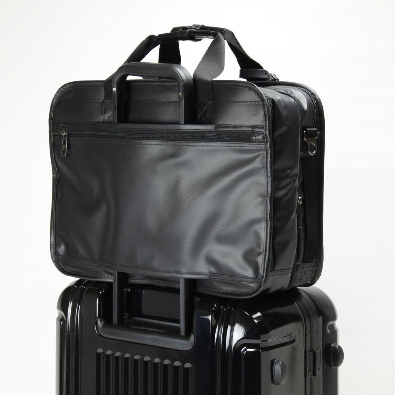 インターシティコーティング2層ブリーフ スーツケースとの併用に便利なキャリーオン機能