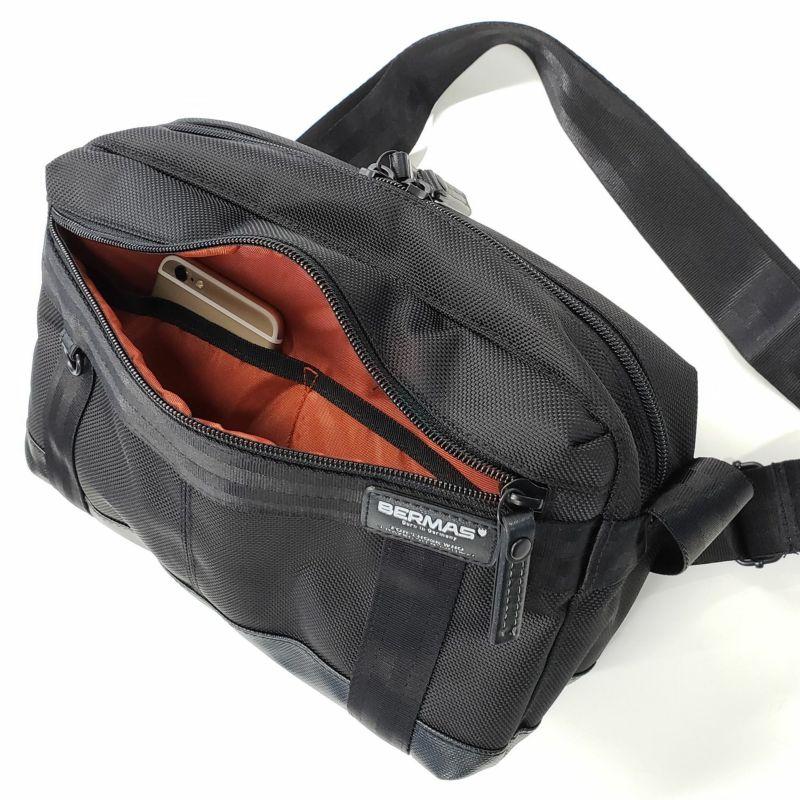 バウアー3 ホリゾンタルショルダー オーガーナイザー付きのフロントポケット