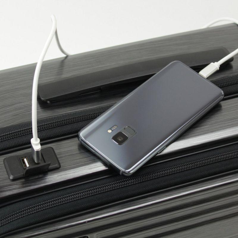 インターシティ モバイル機器を充電できるUSBポート2口付きで便利