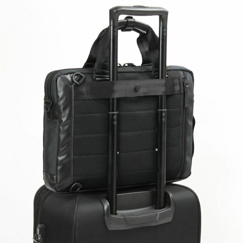 バウアー3 キャリーオン機能付きで、出張などでのキャリーケースとの併用にも便利