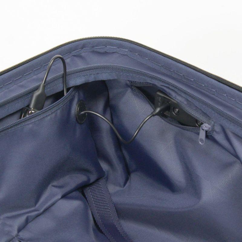 ヘリテージファスナーキャリー モバイルバッテリーの収納に便利なファスナーポケット