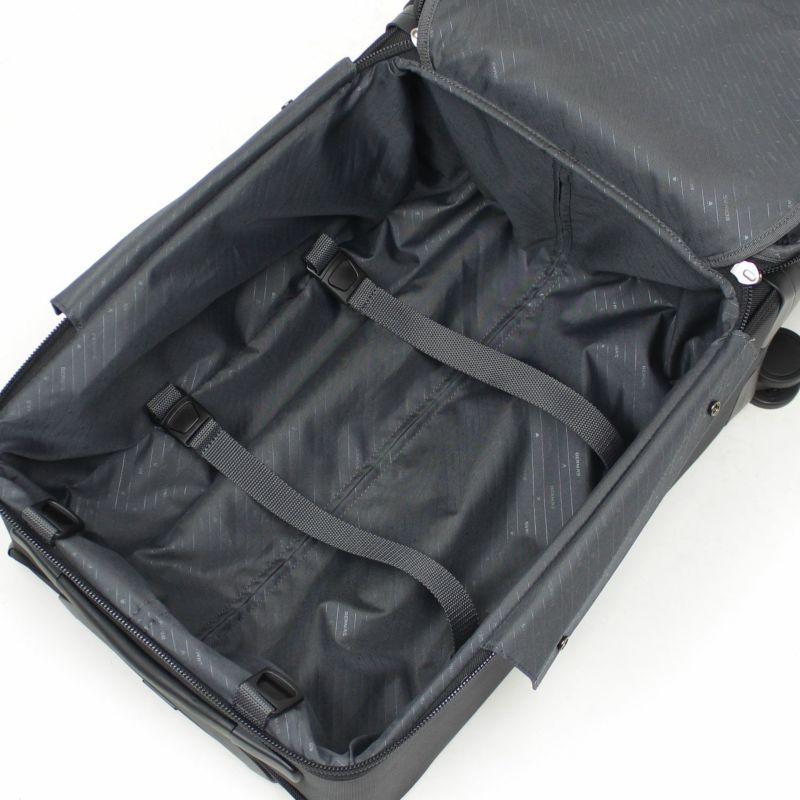 ディグリー 4輪キャリー 荷物の出し入れもスムーズにできるメインルーム