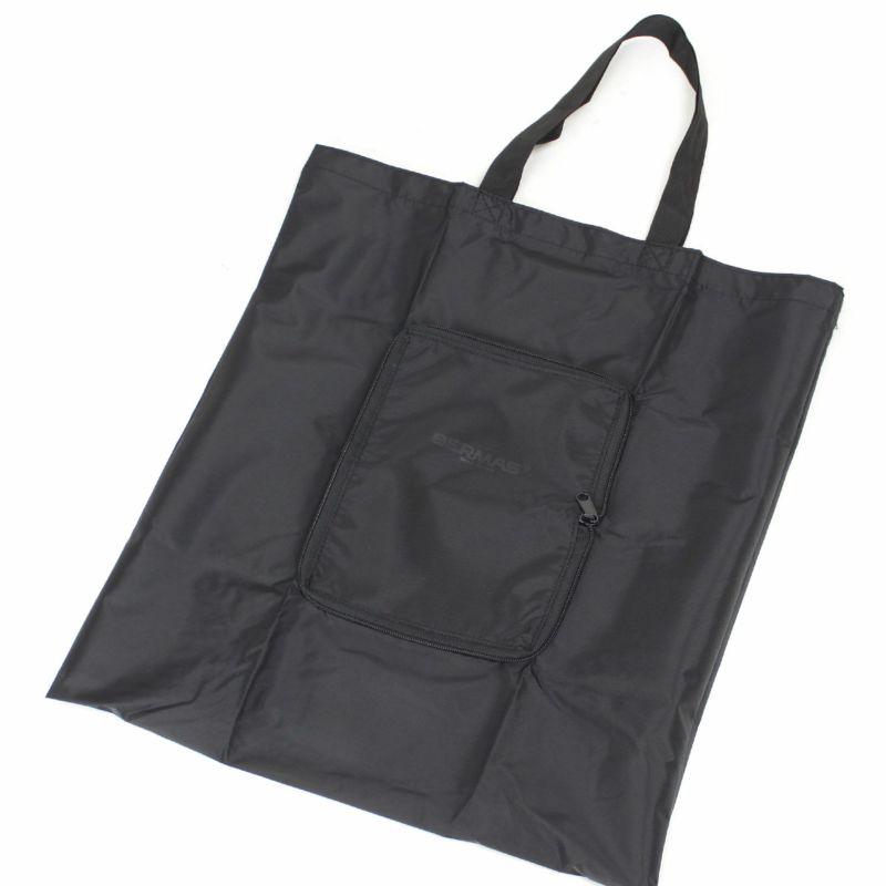 お買い物の時にはエコバッグとしても便利なポケッタブルトート付属